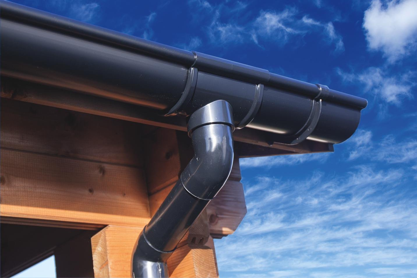 Dakgootset compleet 4 zijden mastgoot 100 mm. Type : antraciet