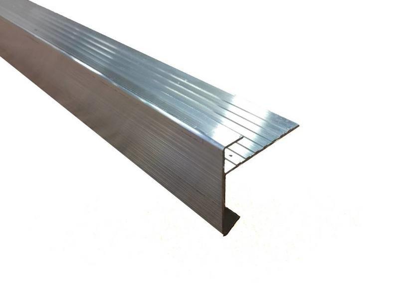 aluminium daktrim afwerking