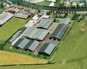 Bezoek onze showroom luchtfoto